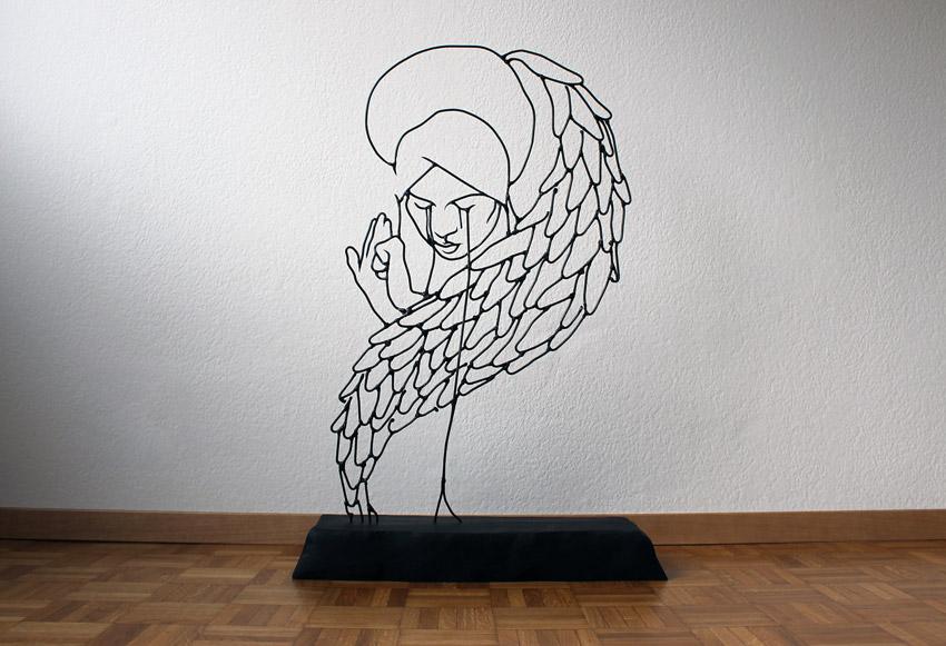 Angeli Dolores Gavin Worth wire sculpture