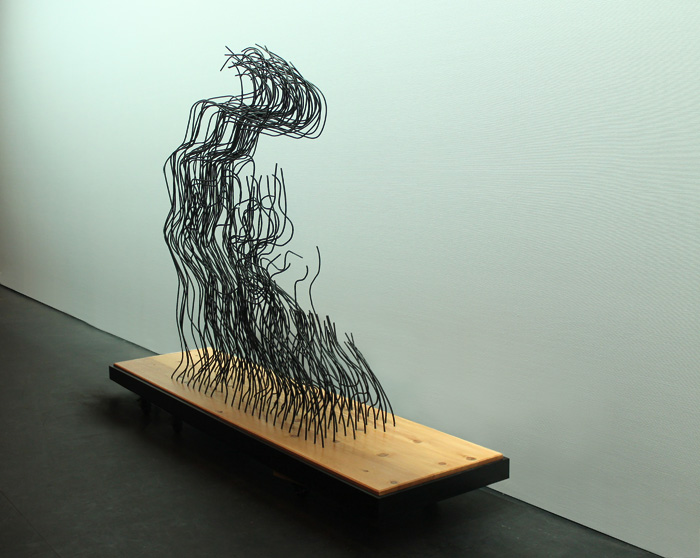 lightfellonherface_side Gavin Worth wire sculpture