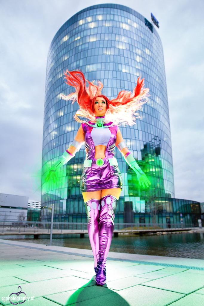 starfire_cosplay_photography_by_corneliagillmann