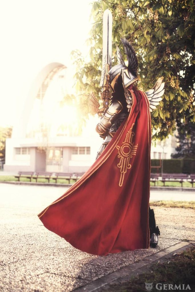 check-out-this-beautifully-awesome-might-magic-heroes-paladin-cosplay2
