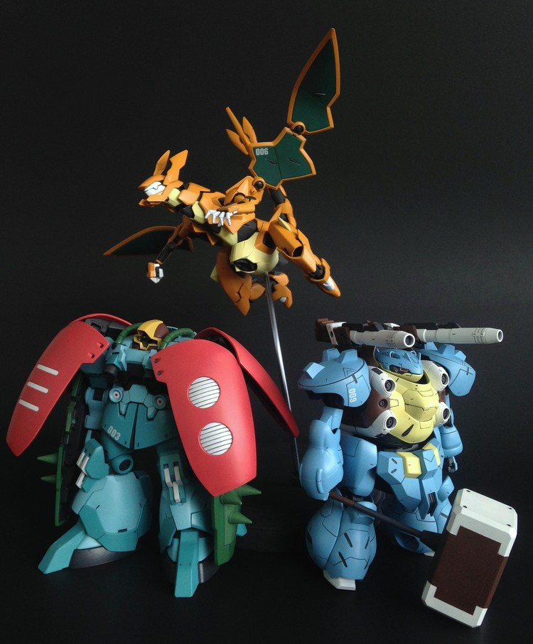 incredibly-slick-custom-made-pokemon-gundam-figures