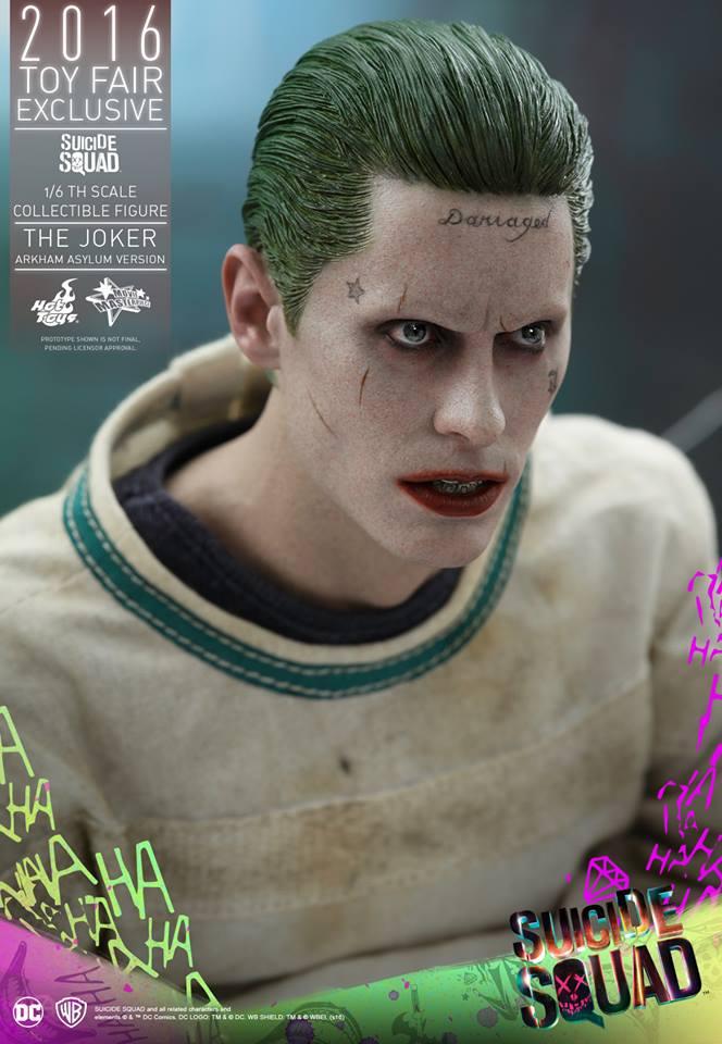 joker action figure 8