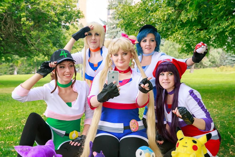 pokemon-go-and-sailor-moon-cosplay-mashup 2