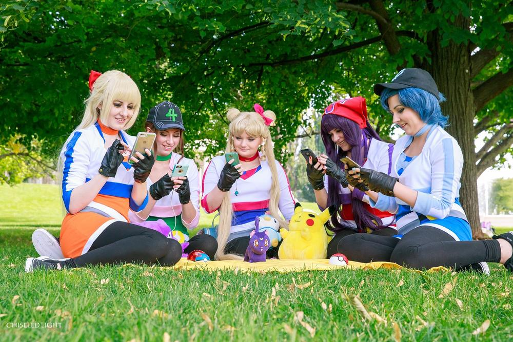 pokemon-go-and-sailor-moon-cosplay-mashup 7