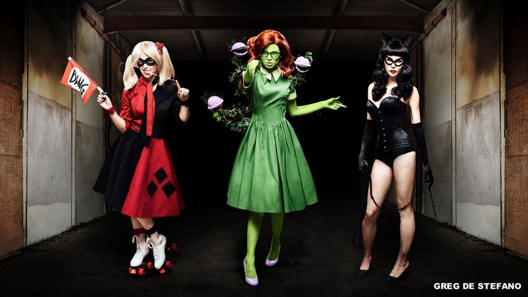 wildly-fun-rockabilly-dc-villainous-cosplay-for-harley-quinn-poison-ivy-and-catwoman