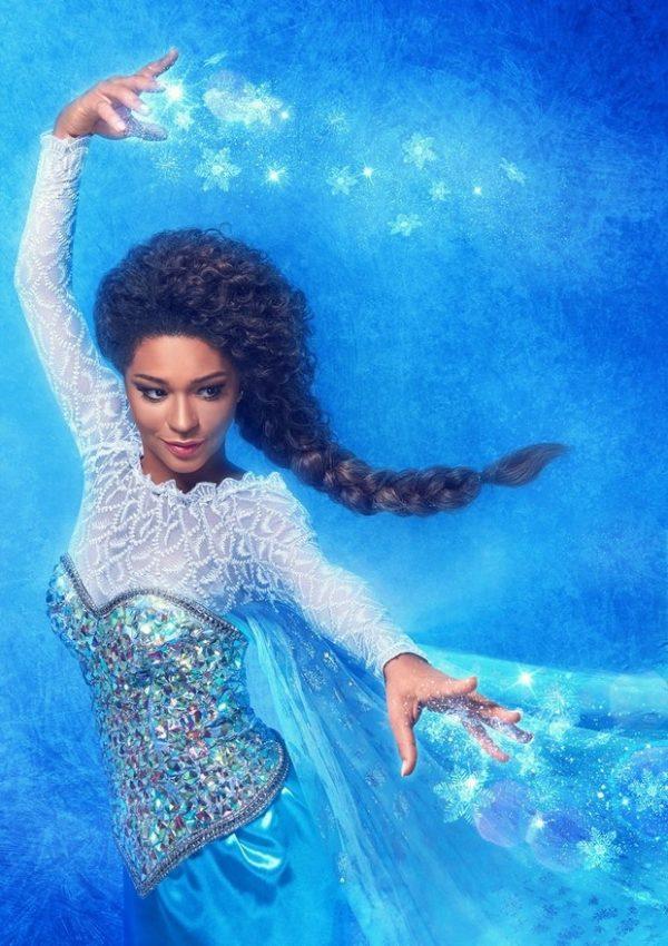Juliana Alves como Elsa